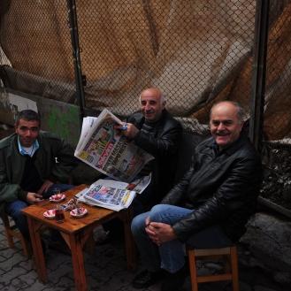 आनंदी टर्किश लोक