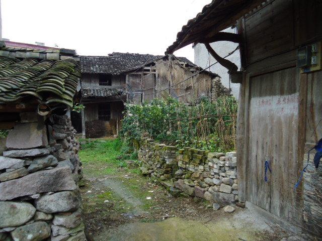थेट पर्ल बकच्या कथेतून उतरून आलेलं गाव